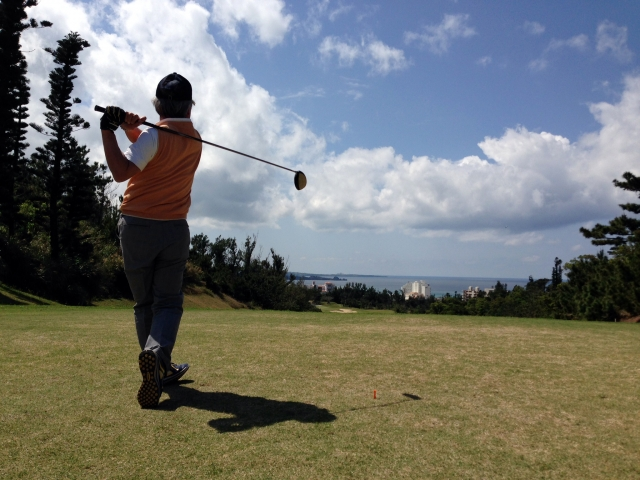 休日は近くでゴルフをプレーしたい